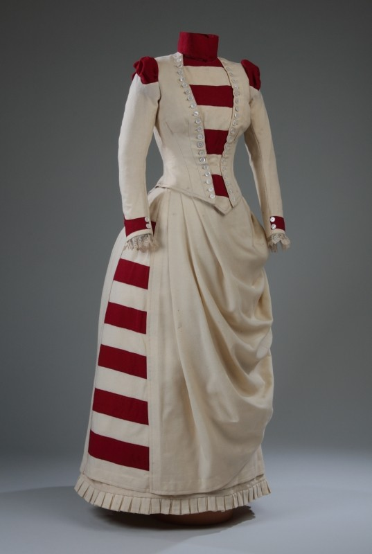 Dress, John James Milloy, 1887. Acquired with the assistance of a Movable Cultural Property grant from the Department of Canadian Heritage under the terms of the Cultural Property Export and Import Act, M2009.62.1.1-2 © McCord Museum