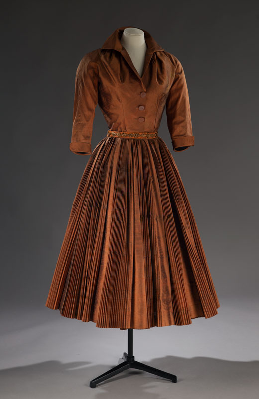 Late afternoon dress, <i>Topaze</i>, Christian Dior, Fall-Winter 1951 Collection. Gift of Margaret Rawlings Hart, M967.25.87.1-2 © McCord Museum